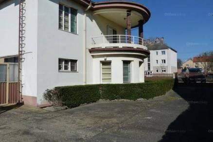 Eladó családi ház, Mosonmagyaróvár, 4+1 szobás