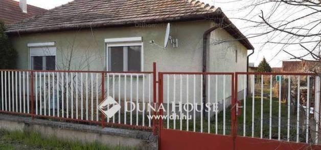 Gárdony eladó családi ház