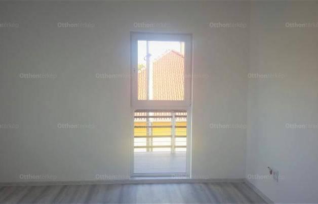 Kecskeméti új építésű ikerház eladó, 140 négyzetméteres, 4 szobás