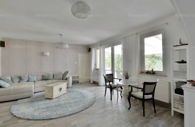 Eladó 6 szobás családi ház Szigetmonostor, Árpád utca