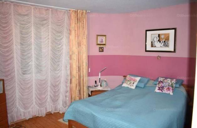 Eladó, Kaposvár, 5 szobás