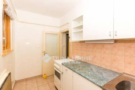 Lakás eladó Pécs, 67 négyzetméteres