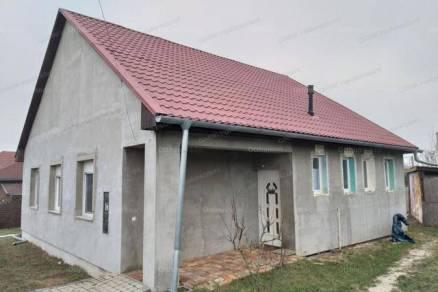 Kiadó albérlet, Kistarcsa, 3 szobás