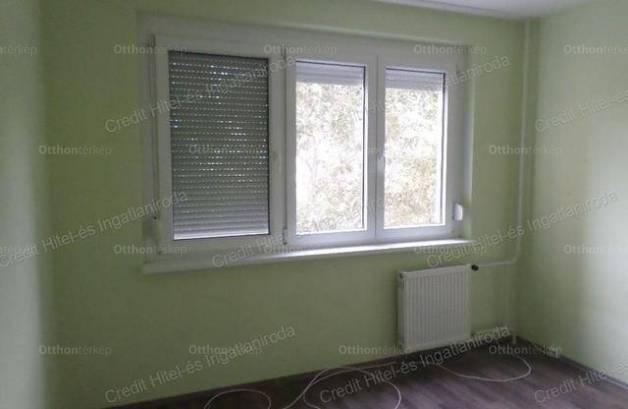 Eladó 2 szobás lakás Székesfehérvár