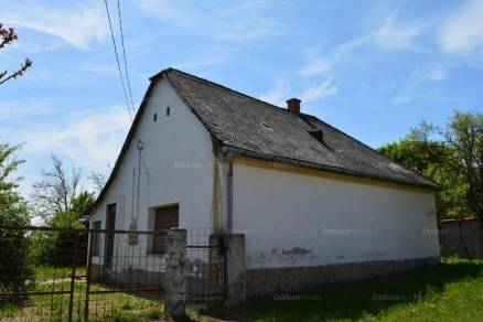 Családi ház eladó Gyúró, 83 négyzetméteres