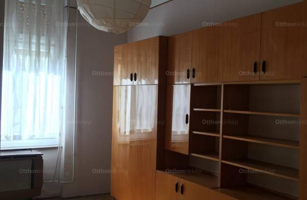 Budapesti lakás eladó, Lipótvárosban, Falk Miksa utca, 2+1 szobás