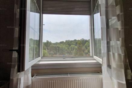 Eladó 2+1 szobás lakás Budapest, Attila út