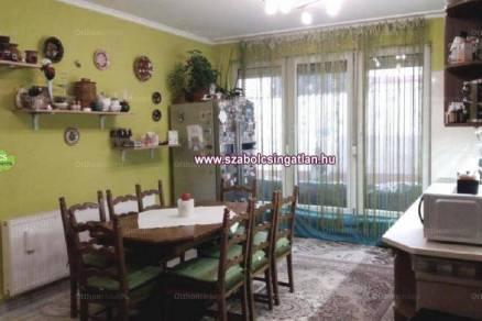 Eladó 3 szobás nyaraló Nyíregyháza