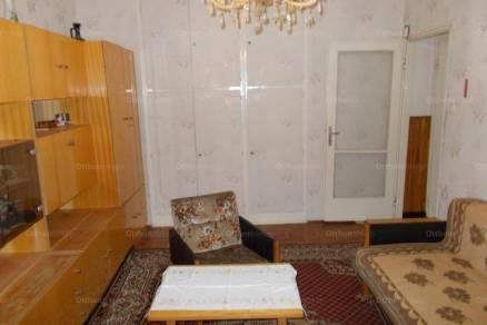 Eladó lakás Kaposvár, 1+1 szobás