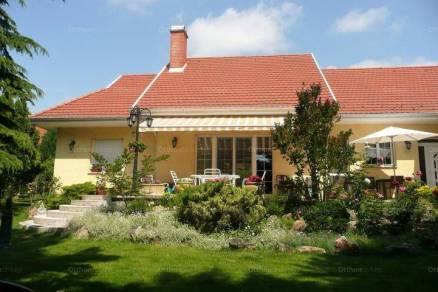 Eladó 4+1 szobás családi ház Budaörs