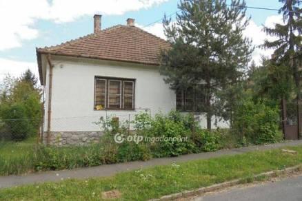Eladó családi ház Miskolc, Derkovits Gyula utca, 2+1 szobás