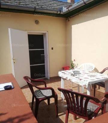 Hajdúszoboszló 6 szobás családi ház eladó