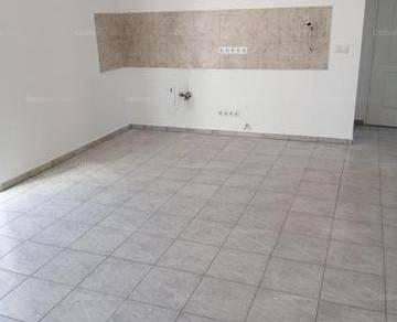 Eladó lakás Adony, 3 szobás