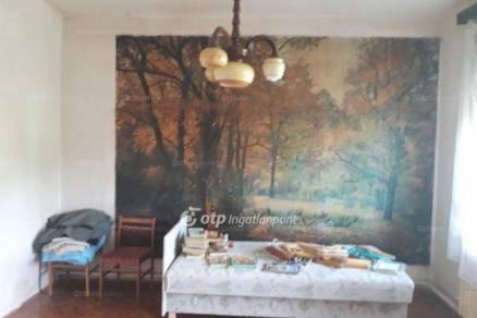 Eladó családi ház Füzesabony, 4 szobás