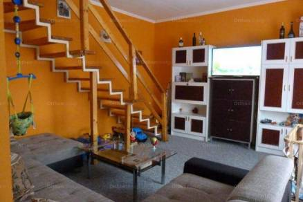 Eladó sorház, Mosonmagyaróvár, 1+3 szobás