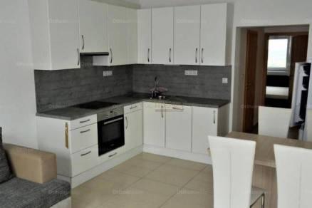 Soproni lakás kiadó, 55 négyzetméteres, 3 szobás