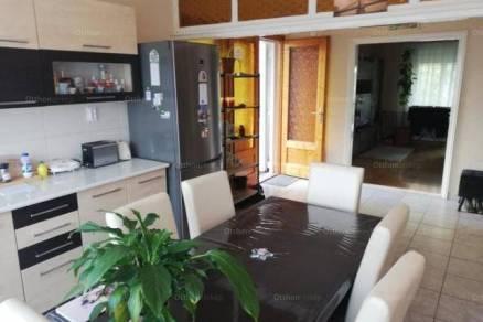 Eladó 4+2 szobás családi ház Hajdúszoboszló