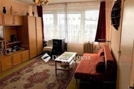 Budapest eladó lakás, Újhegy, Gőzmozdony utca, 50 négyzetméteres