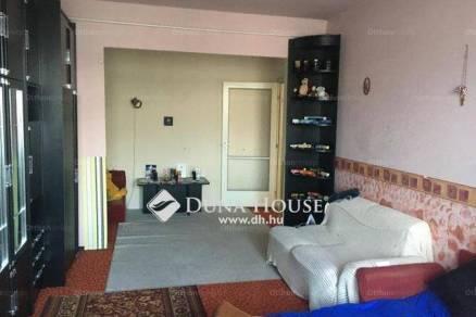 Eladó lakás Tatabánya, 1+1 szobás