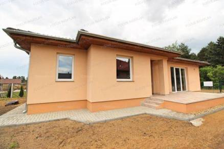 Új Építésű eladó családi ház Kecskemét, 4 szobás