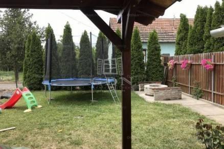 Szeged 3 szobás családi ház eladó