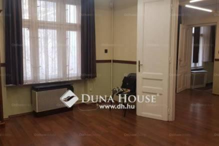 Pécs 2 szobás lakás eladó