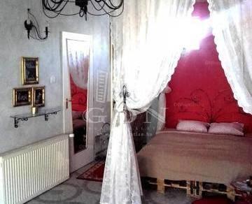 Kiadó lakás Komárom, Igmándi út, 1 szobás