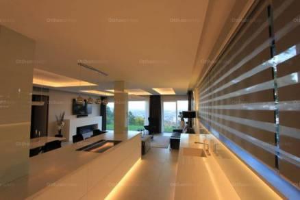Eladó családi ház Budapest, 5+1 szobás