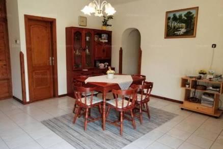 Debreceni családi ház eladó, 160 négyzetméteres