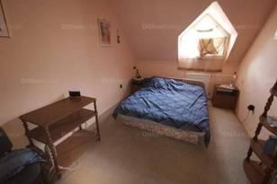 Eladó lakás Pécs, 4 szobás