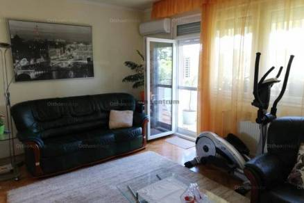 Baja 4 szobás lakás eladó