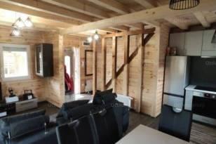 Eladó családi ház Szeged, 2 szobás, új építésű