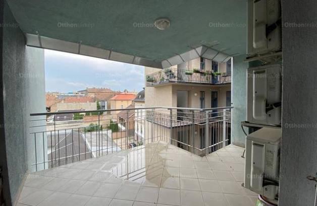 Eladó, Szeged, 3 szobás