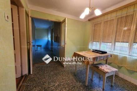 Eladó családi ház Balatonendréd, 2+1 szobás