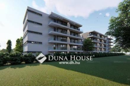 Siófoki új építésű lakás eladó, 69 négyzetméteres, 1+2 szobás