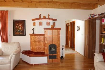 Győri családi ház eladó Korona utca 76-ban, 102 négyzetméteres