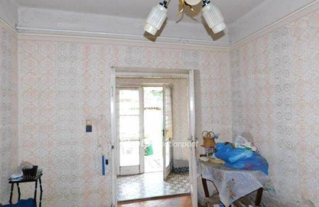 Nagykökényes családi ház eladó, 3+1 szobás