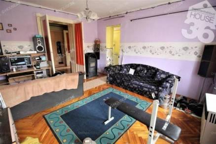 Kiskunfélegyházai házrész eladó, 55 négyzetméteres