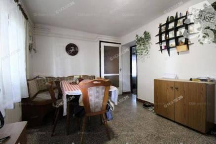 Eladó családi ház Kiskunfélegyháza, 4 szobás