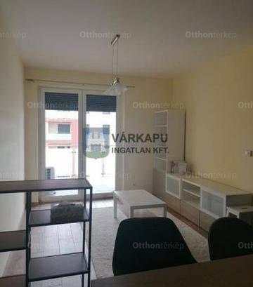 Székesfehérvári lakás kiadó, 70 négyzetméteres, 3 szobás