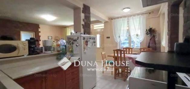 Eladó 3 szobás családi ház Nagyhalász