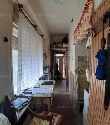 Eladó, Mohács, 2 szobás