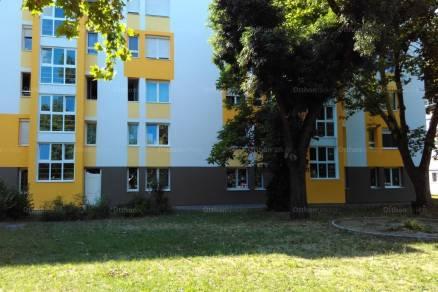 Eladó lakás Lakatostelepen, a Dolgozó úton 7-ben, 2+1 szobás