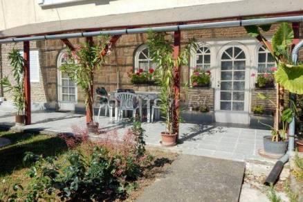 Kaposvári eladó családi ház, 4 szobás, 200 négyzetméteres