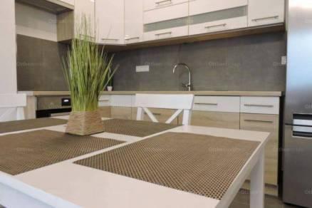 Budapesti kiadó lakás, 4 szobás, 98 négyzetméteres