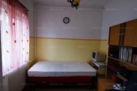Eladó családi ház, Fadd, 4 szobás