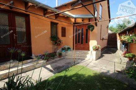 Kiskunfélegyháza családi ház eladó, 3 szobás