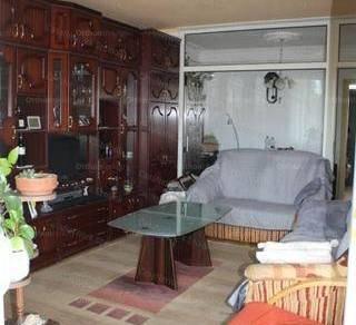 Eladó lakás Szolnok, 3 szobás