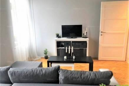 Szegedi lakás kiadó a Lechner téren, 40 négyzetméteres