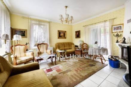 Eladó 4 szobás családi ház Széphalmon, Budapest, Táncsics Mihály utca